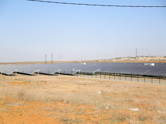 В Астраханской области запустили новую солнечную электростанцию