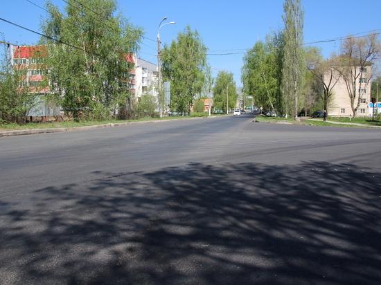 В поселке Береза отремонтировали центральную улицу