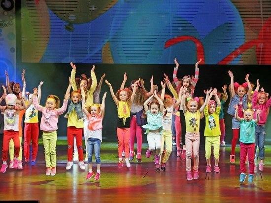 Сургутские детские коллективы подвели итоги творческогосезона