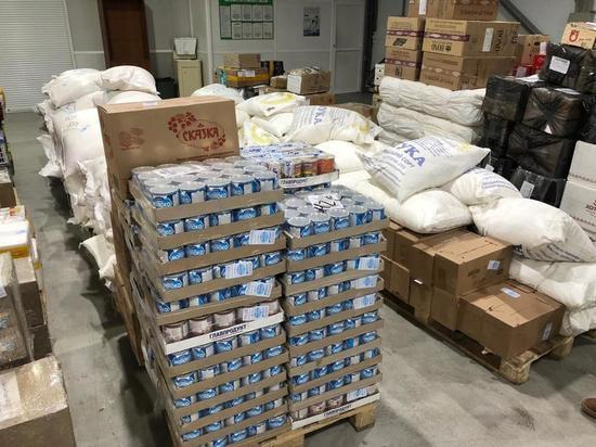 В Усть-Майский улус отправили 15 тонн гуманитарной помощи
