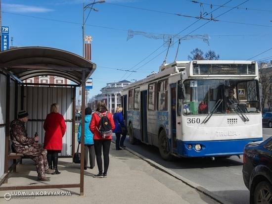 В Петрозаводске сбили ребенка на автобусной остановке