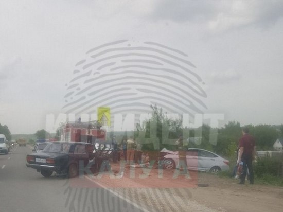 Мать четверых детей погибла в лобовом столкновении машин на трассе под Калугой