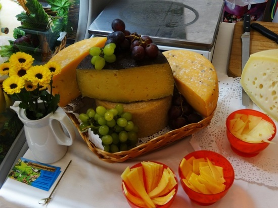 Сырный фестиваль в Тверской области удивил, накормил, вдохновил и разорил