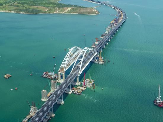 Полная безнадега: Захарова объяснила реакцию Киева на запуск Крымского моста
