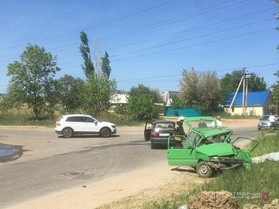 ДТП на юге Волгограда: один погибший, один раненый