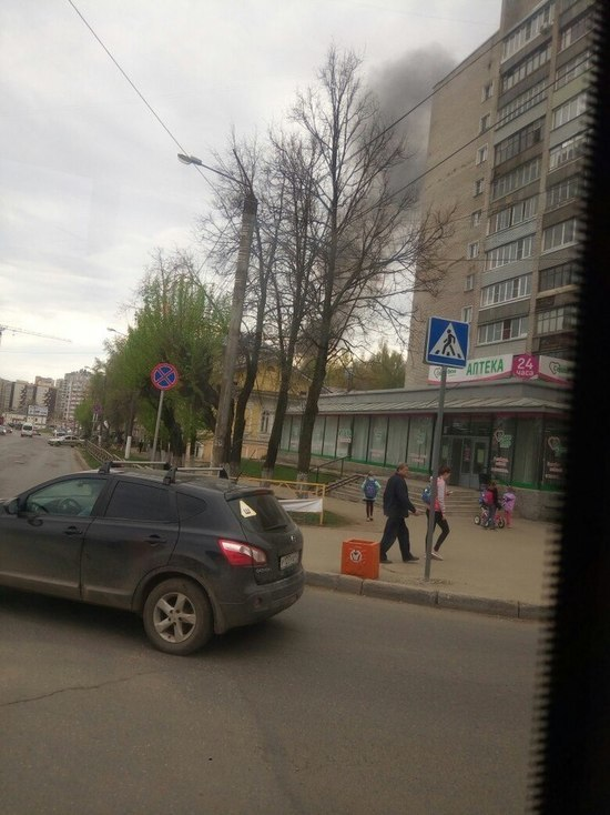 Кировчан напугал столб черного дыма