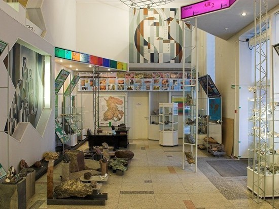 Ночь музеев: куда обычно не попасть и где возьмут плату – камень