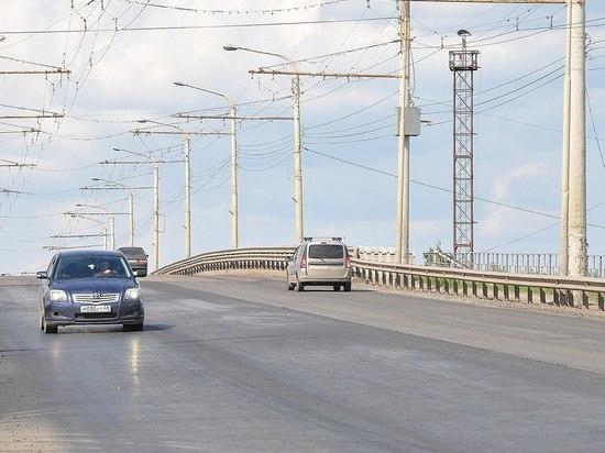 На улице Астраханской завершают ремонт дороги