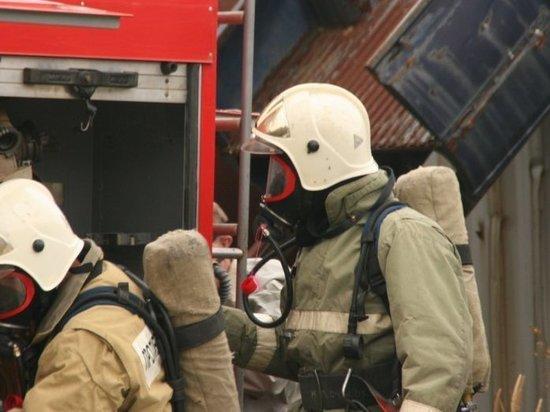 Людей пришлось эвакуировать из-за горящего кондиционера в Приморье