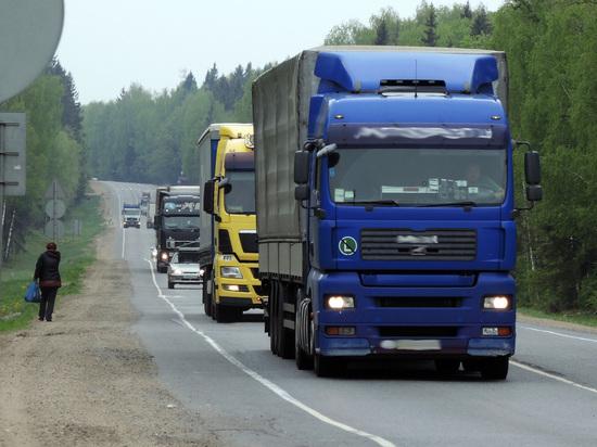 Задержаны сотрудники Ространснадзора, пускавшие на подмосковные дороги перегруженные фуры