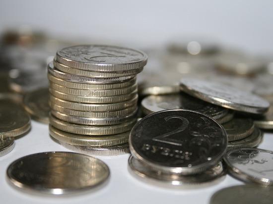 Почему, несмотря на рост котировок на «черное золото», российская валюта падает в цене