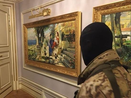 СК показал фото шикарного дома фигуранта хищений в Эрмитаже