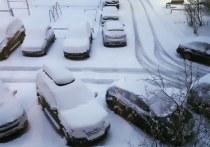 60 единиц техники ликвидируют последствия снегопада в Нижневартовске