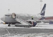 Снегопад спровоцировал задержки в мурманском аэропорту