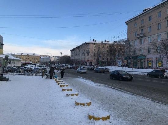 В Мурманске открылась выставка «Прогулки по Мурманску. Из прошлого в настоящее»