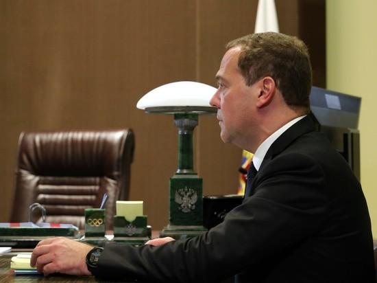 Медведев возглавил правительство Кудрина: премьера окружили выходцы из Минфина