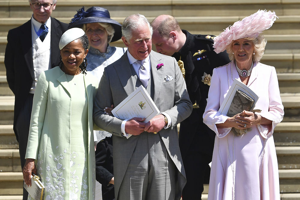 Шикарные шляпки на королевской свадьбе: аристократы и селебрети ослепили нарядами