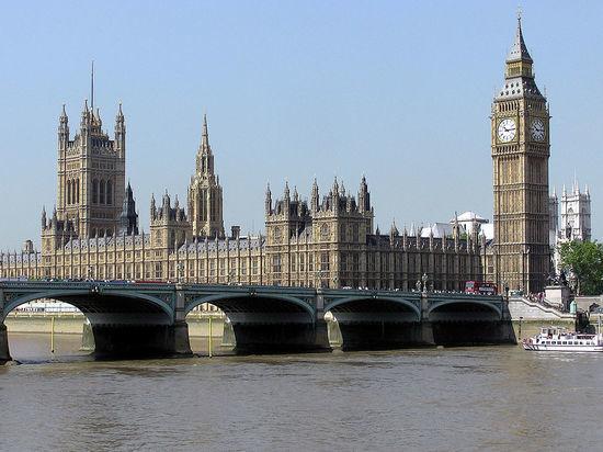 Бизнес есть бизнес: в британском парламенте возмущены российскими «грязными деньгами»