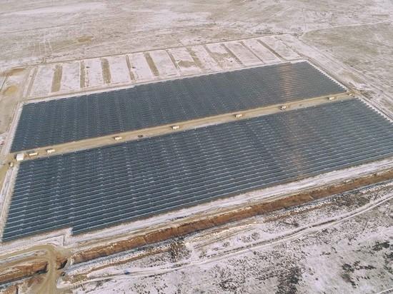 ВАстраханской области началось строительство крупнейшей вРФ солнечной станции повыробатыванию электричества
