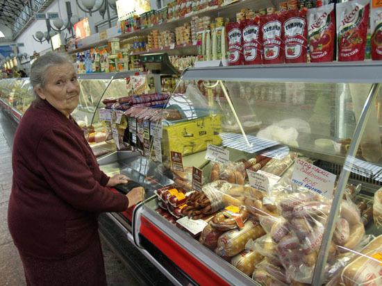 Совсем скоро саратовцы увидят  в магазинах продуктовый «светофор»