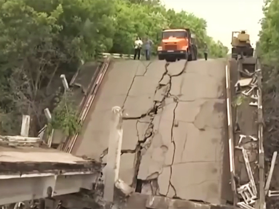 Киев готовит масштабную провокацию к ЧМ-2018: конфликт на Донбассе разгорается