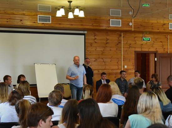 """Глава администрации Астрахани: """"Я очень рад, что наша молодежь небезразлично относится к городским проблемам"""""""