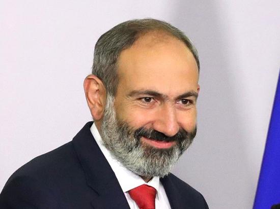 От премьер-министра Армении потребовали выпустить членов «Сасна црер», убивших полицейских