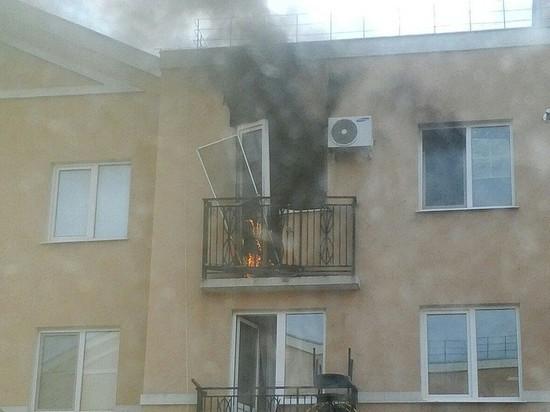 В Крутых Ключах в квартире произошел взрыв, после тушения пожара обнаружили тело мужчины