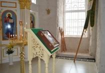 В Троицком соборе снова затеплилась молитва