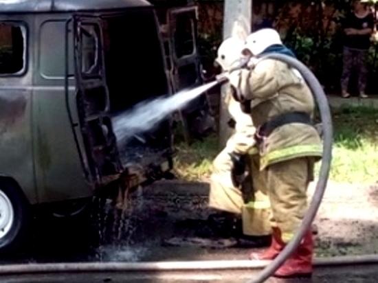 В Георгиевском загорелся УАЗ