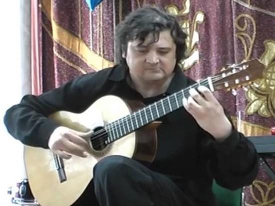 В Томске простились с известным гитаристом Алексеем Зимаковым