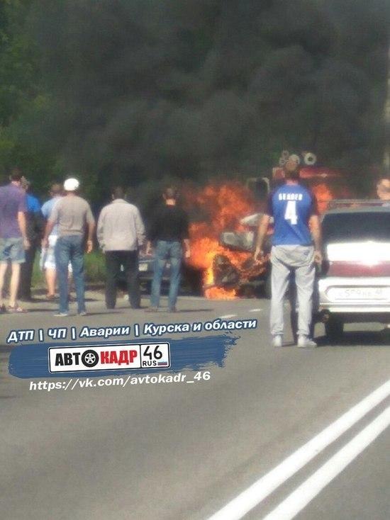 Под Курском в результате ДТП сгорел водитель ВАЗа