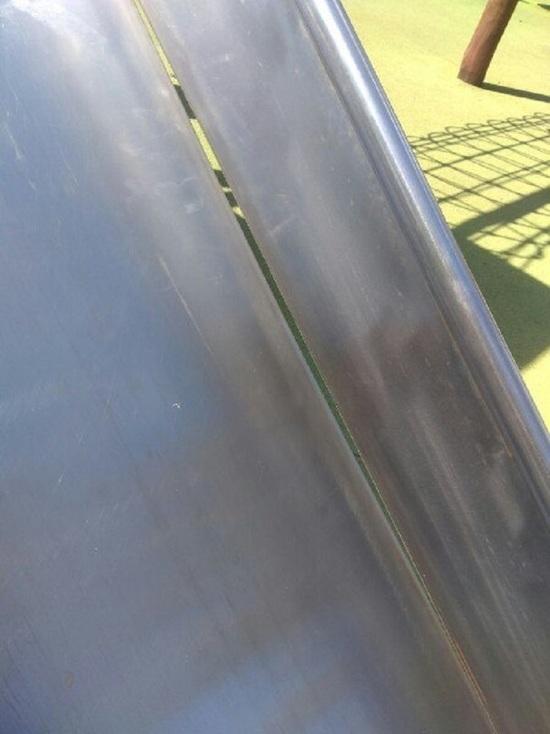 В Альметьевске во время прогулки в парке ребенку оторвало палец