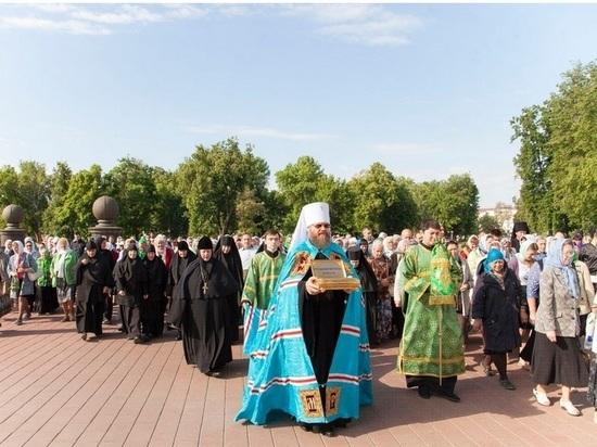 В Тамбов прибыли мощи Матроны Московской