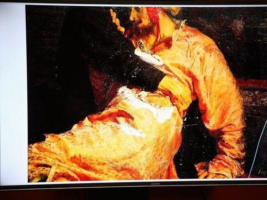Опубликовано фото повреждений картины Репина