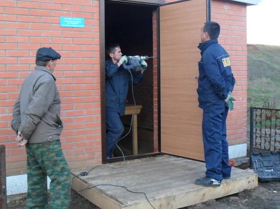 Чувашский бизнесмен развивает производство металлических дверей и шкафов