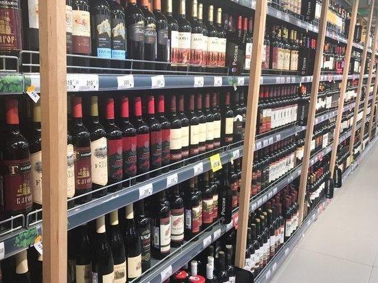Более 700 литров алкоголя уничтожат в Приморье