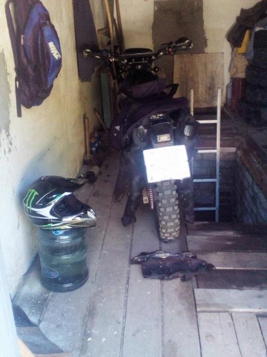 Под Сызранью мотоциклист опрокинулся на проселочной дороге