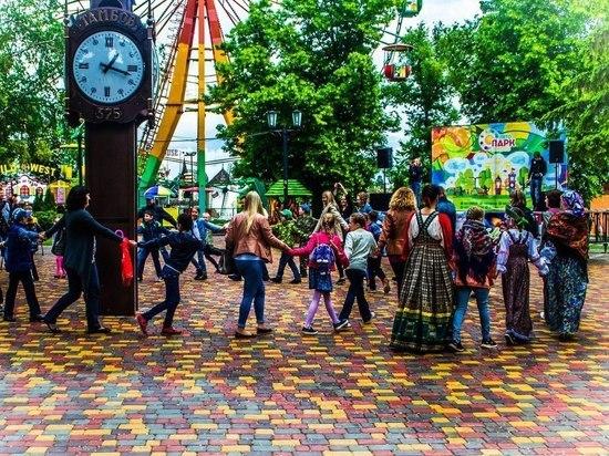 Богатыри и русские красавицы: в Тамбове прошел фестиваль славянской культуры