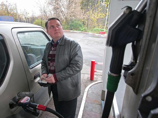 ФАС представит анализ обоснованности роста цен на топливо к концу недели