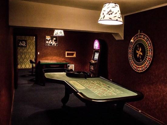 Преступную группировку осудили за организацию подпольного казино