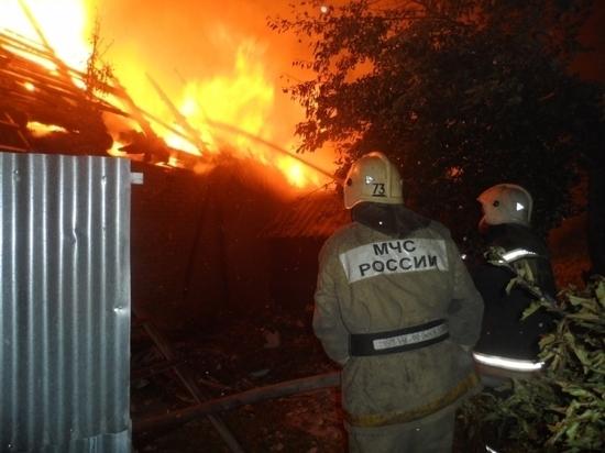 Ночью в Толкуново сгорел двухквартирный жилой дом