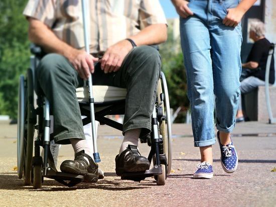 Депутат, призывавший не плодить инвалидов, сохранил мандат