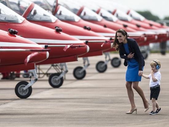 Авиавыставка «Фарнборо» осталась без российских самолетов и денег
