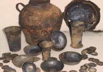 Найденный в Гостином дворе котел оказался древним самогонным аппаратом