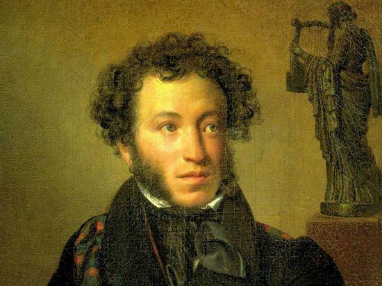 В Ульяновске по случаю очередной годовщины со дня рождения Александра Пушкина утроят пленэры, квест и рисунки на асфальте