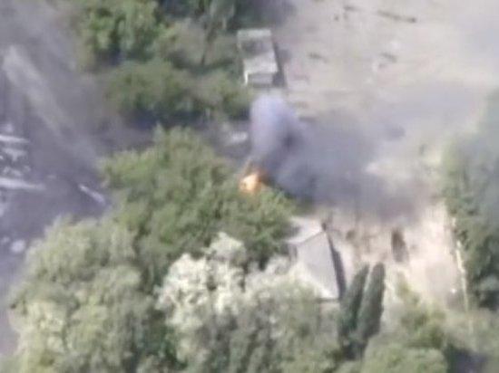 Появилось видео пылающей техники ВСУ под Горловкой