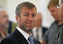 Заявление на продление инвестиционной визы Великобритании, поданное российским миллиардером Романом Абрамовичем, было отозвано