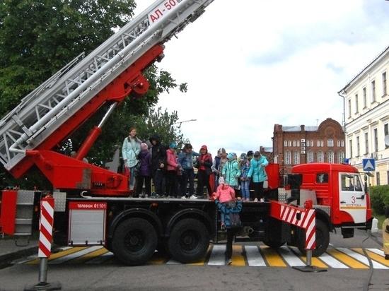 Агитпоезд из Иванова прибыл в Костромскую область в рамках акции «Безопасное лето!»