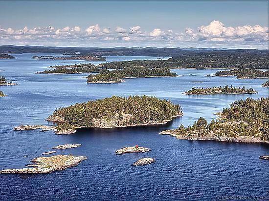 Решить проблему охраны наших озер пытаются сразу с нескольких сторон